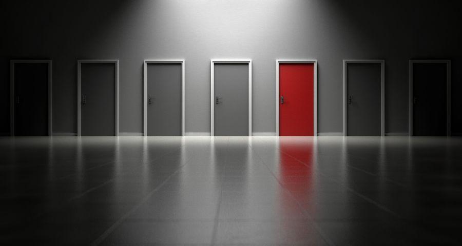 doors-1690423_1920.jpg